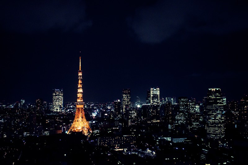 東京タワーをスペイン語で説明する